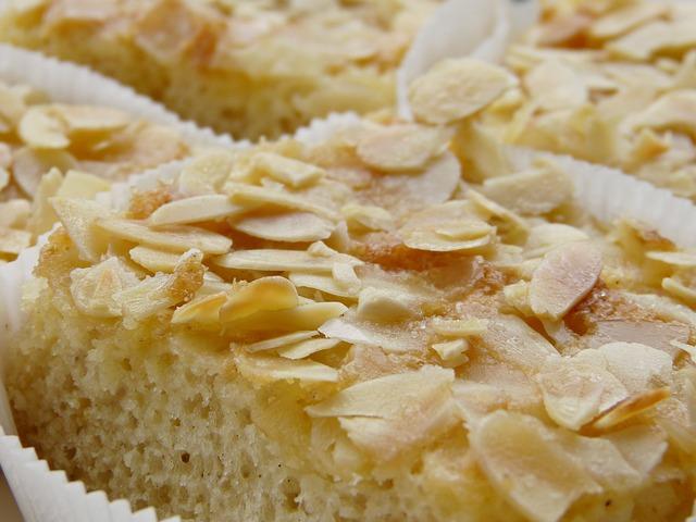Máslový mandlový dort