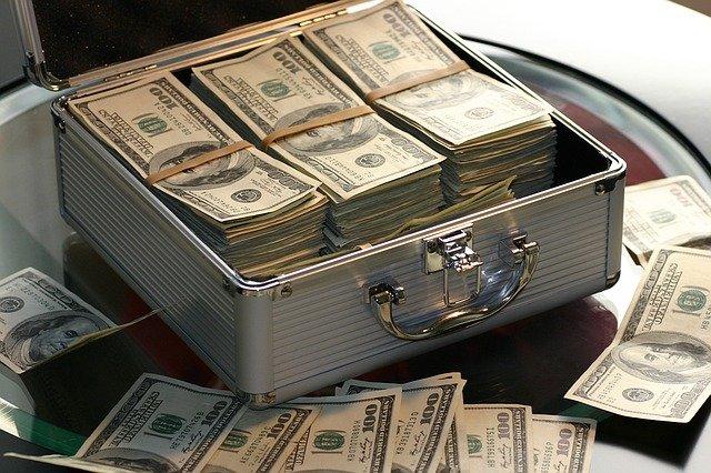 Zvolte si půjčku, která vás v těžkých chvílích nezklame