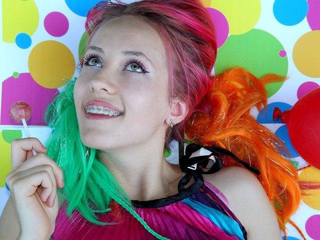 barevné vlasy