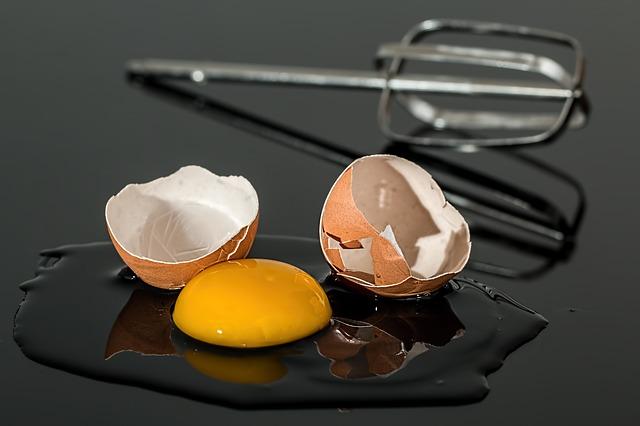 rozbité vejce