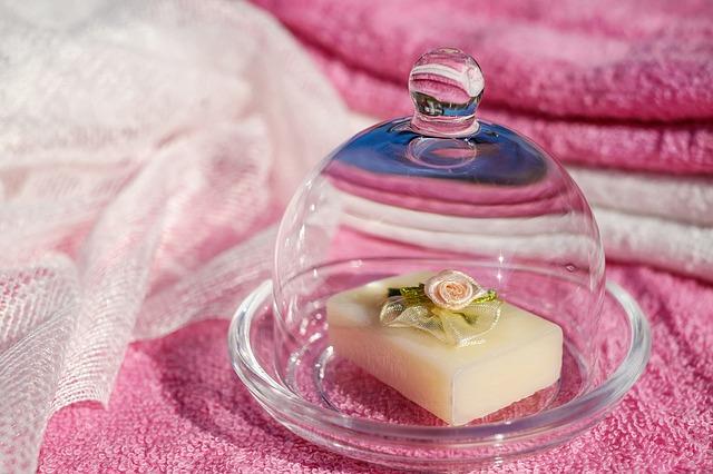 mýdlo pod víkem