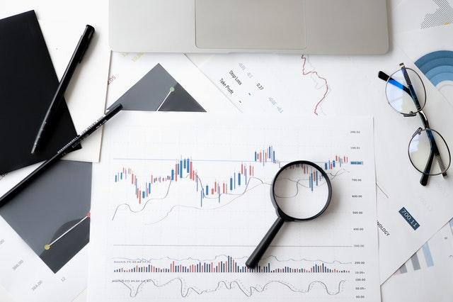 Jak začít obchodovat s akciemi?
