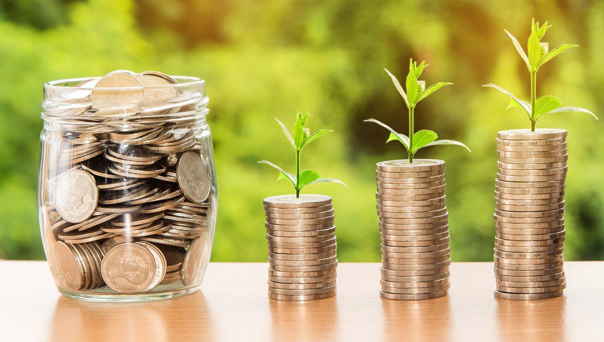 rostoucí úspory